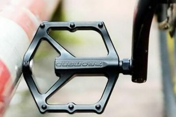 замена педалей на велосипеде